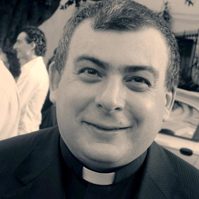 "Don Salvatore Lazzara: ""Rispondiamo al terrorismo con la misericordia"""